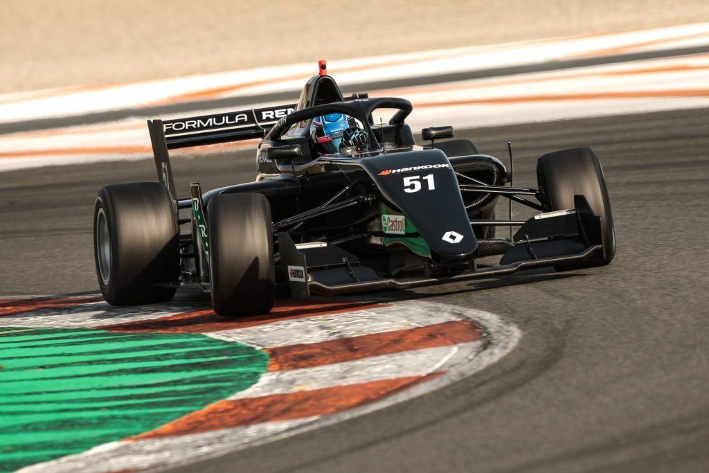 László Tóth signes for BhaiTech Racing in Formula Renault Eurocup