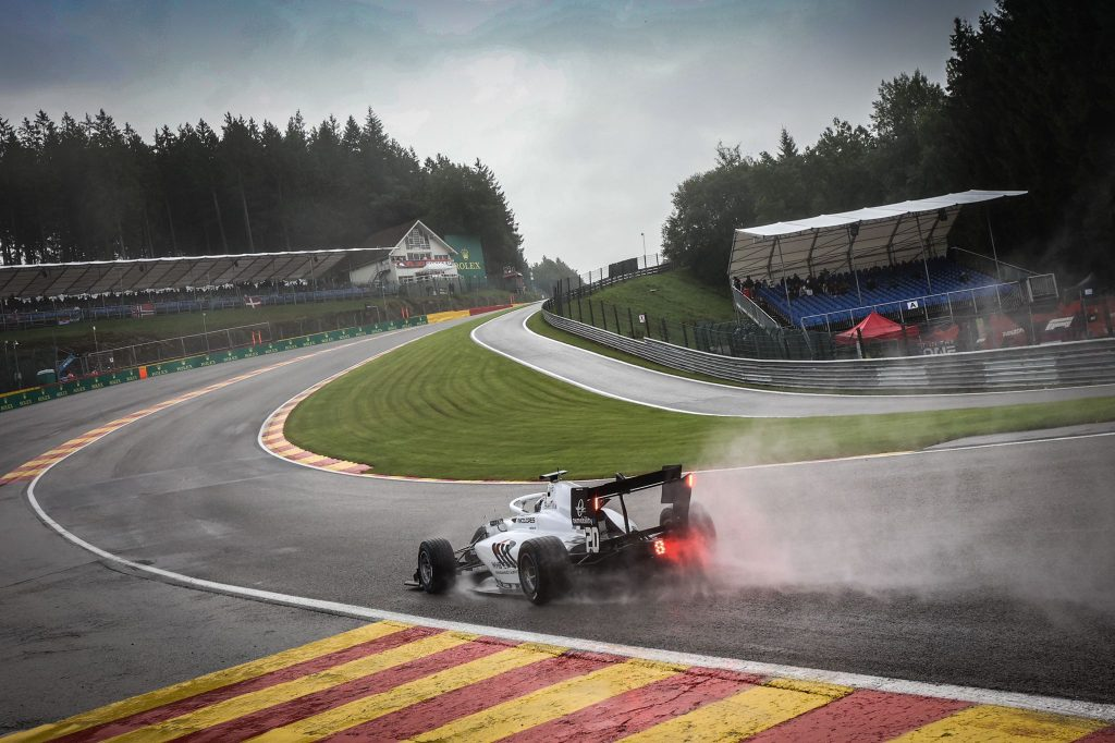 Tóth finished all three races at Spa despite extreme weather